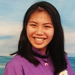 Viki who is a dental assistant at Smile Surfers in Sumner